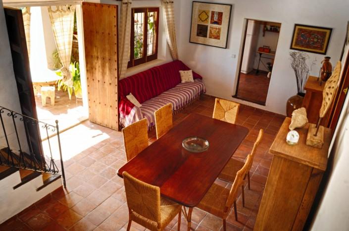 Essbereich im Haus - Yoga Retreat Ibiza 2015